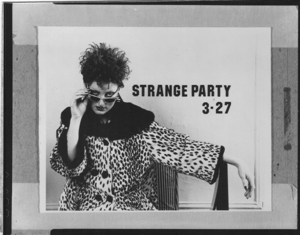 strange_party_3_27