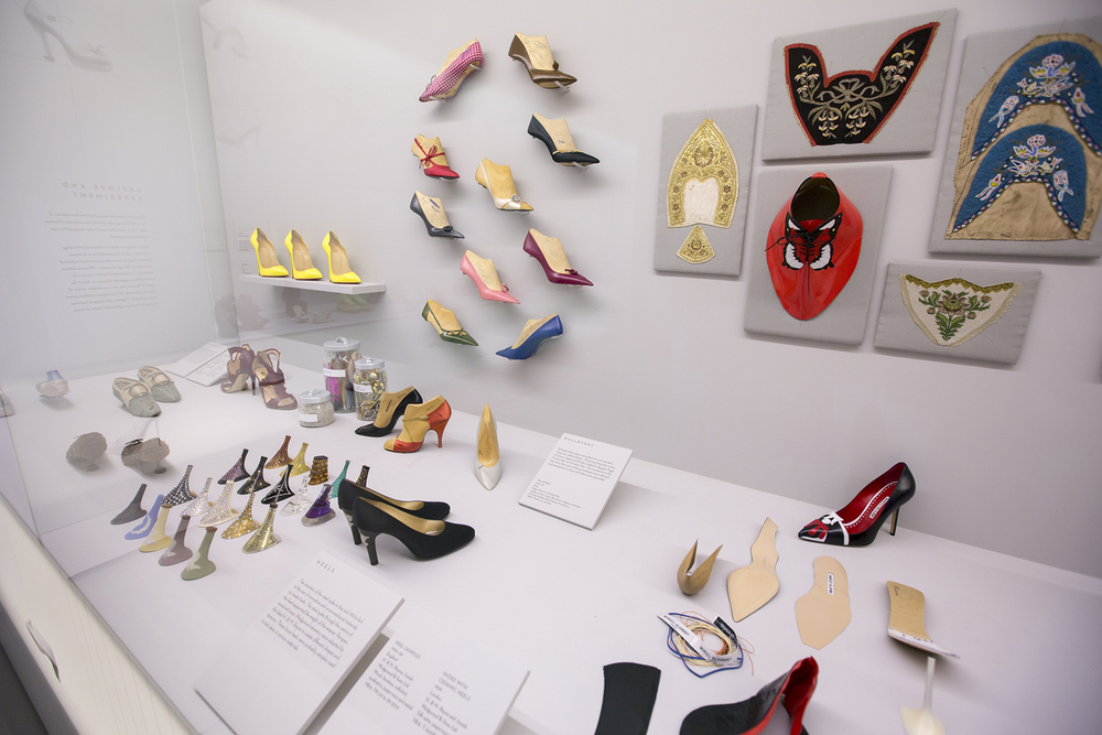 8._Installation_view_of_Shoes_Pleasure_and_Pain_13_June_2015_-_31_January_2016_c_Victoria_and_Albert_Museum_London.jpg