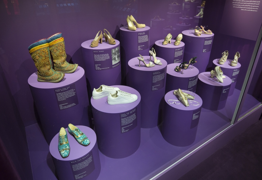 Optimized-5._Installation_view_of_Shoes_Pleasure_and_Pain_13_June_2015_-_31_January_2016_c_Victoria_and_Albert_Museum_London.jpg