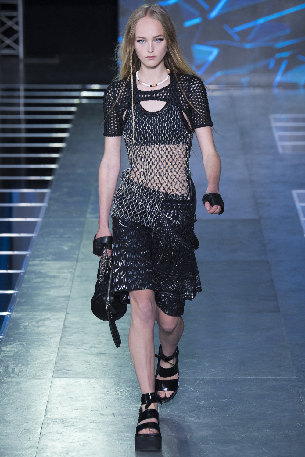 Louis-Vuitton-Spring-2016-2.jpg