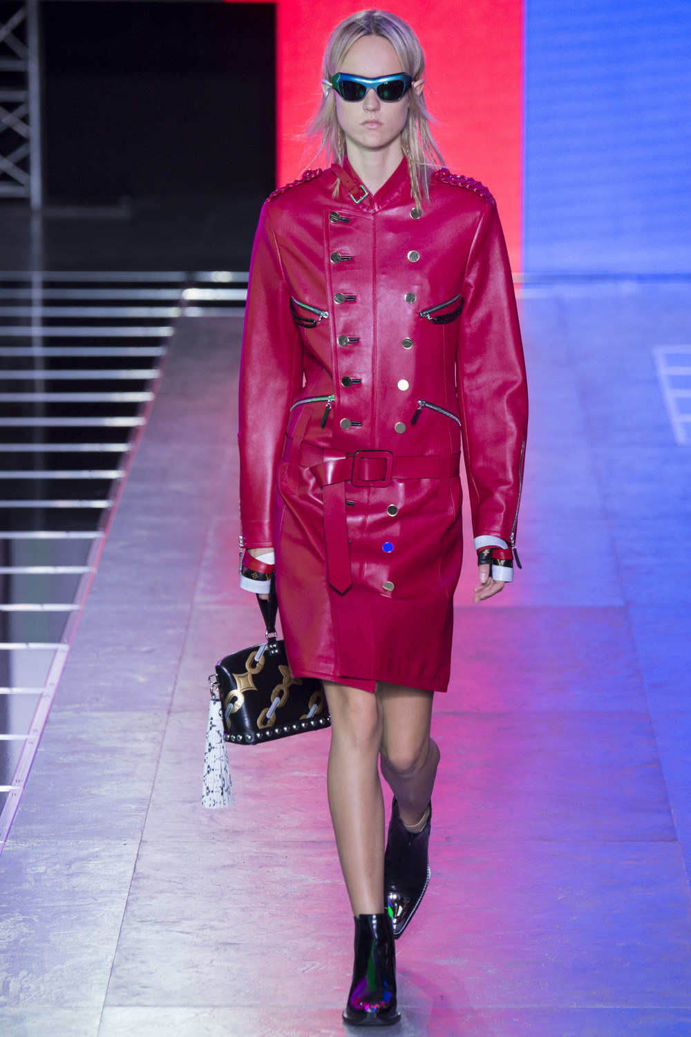 Louis-Vuitton-Spring-2016-14.jpg