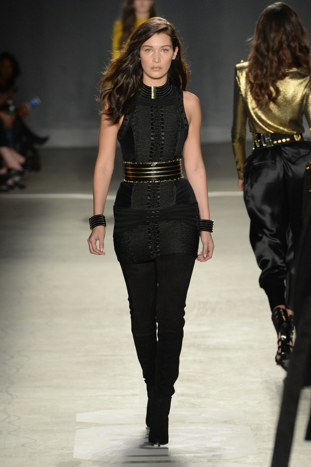 Balmain-HM-New-York-2015-16.jpg