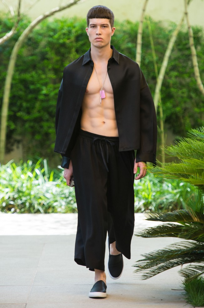 Vitorino-Campos-Sao-Paulo-Fashion-Week-Fall-2016-9.jpg