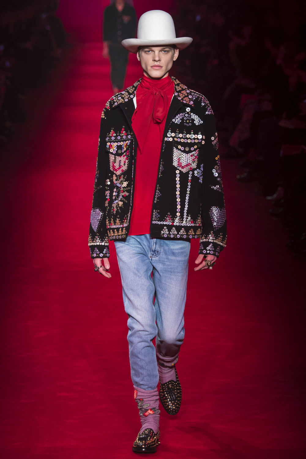 Gucci-Fall-2016-Menswear-Milan-9.jpg