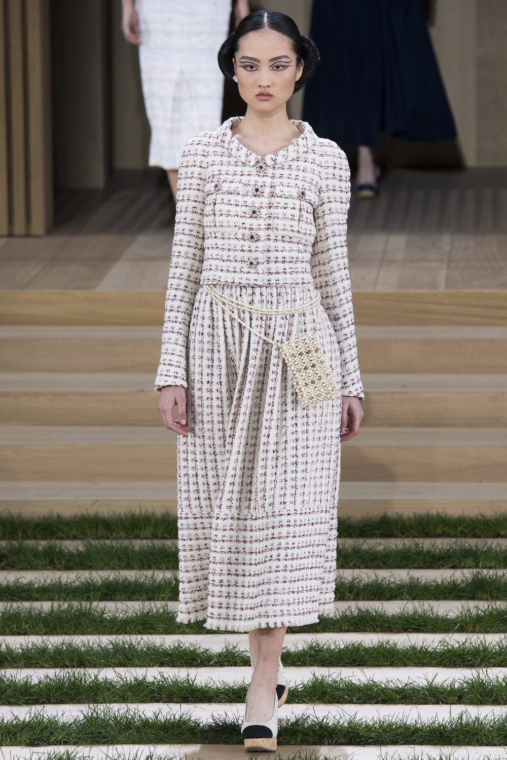 Chanel-Couture-Spring-2016-Paris-Fashion-Week-4.jpg