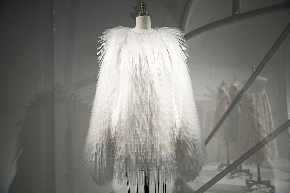 Met_Manus_Machina_Fashion_Exhibition_New_York_6.png