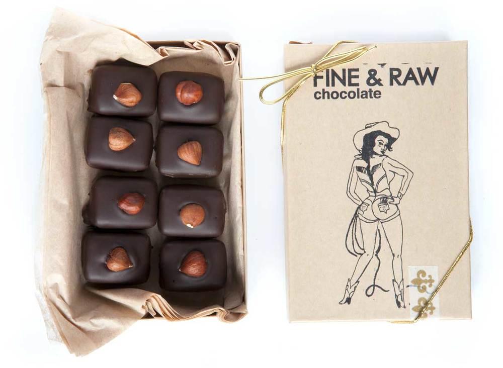 hazelnut-truffle-box---front-and-inside.jpg