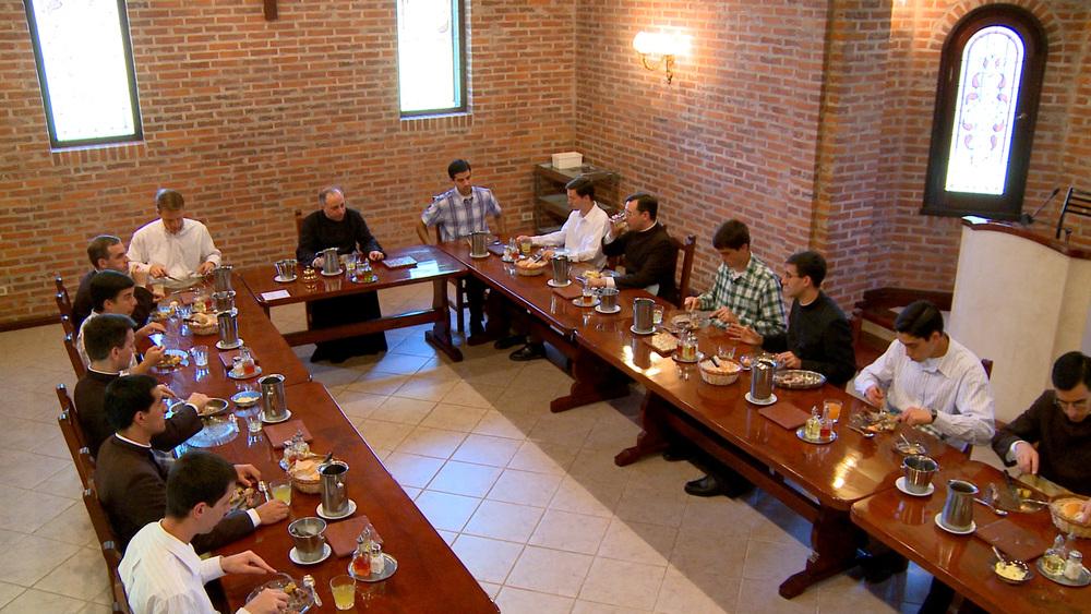 Dinner-in-Argentina-high-angle.jpg