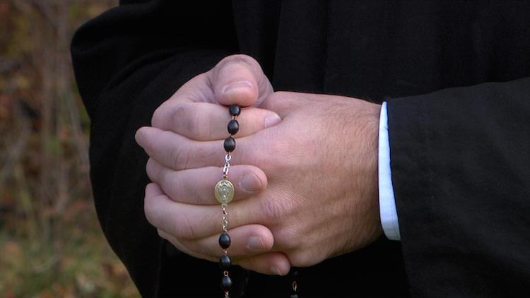 rosary-cu.jpg