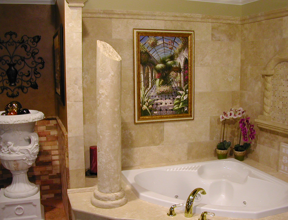 Durango bathroom with column1 .jpg