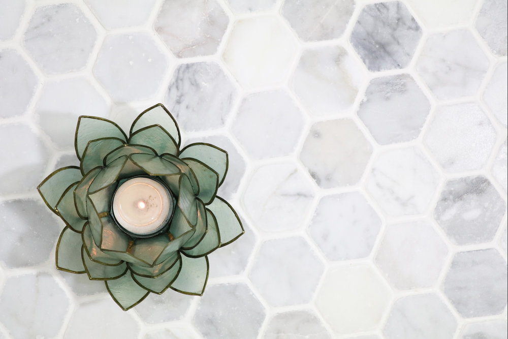 Antique Carrara Hex Tumbled.JPG
