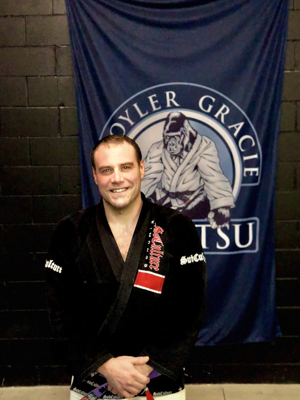 Nathan DeCamp representing Kroyler Gracie Association in Kalamazoo, Michigan.