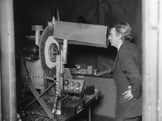 http://www.independent.co.uk/life-style/gadgets-and-tech/news/see-the-first-tv-image-from-john-logie-bairds-early-televisor-demonstrations-a6834416.html