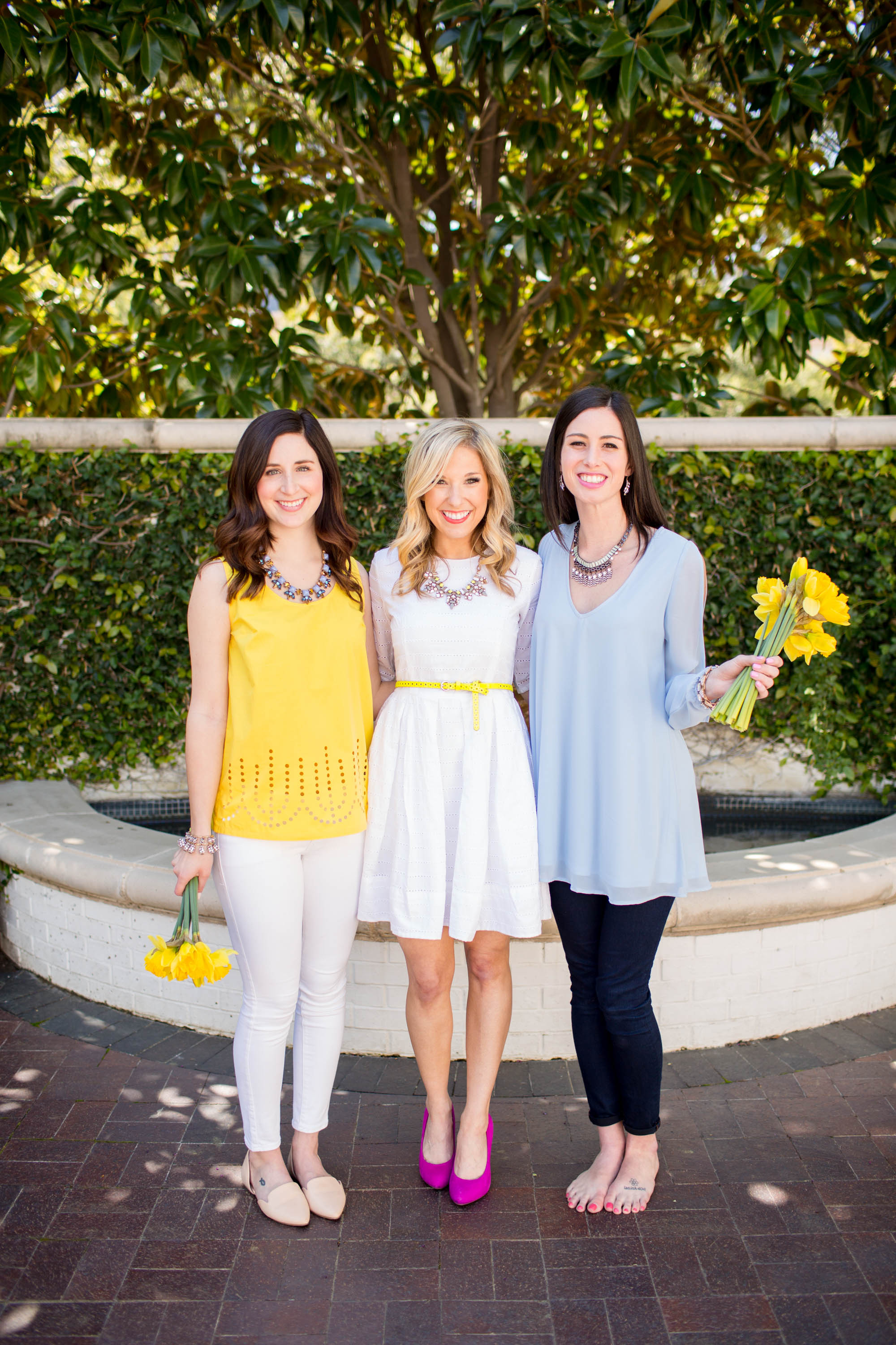 A big thank you to our beautiful models Shelby & Laura and to Kristen Dee for the Photography!!!!