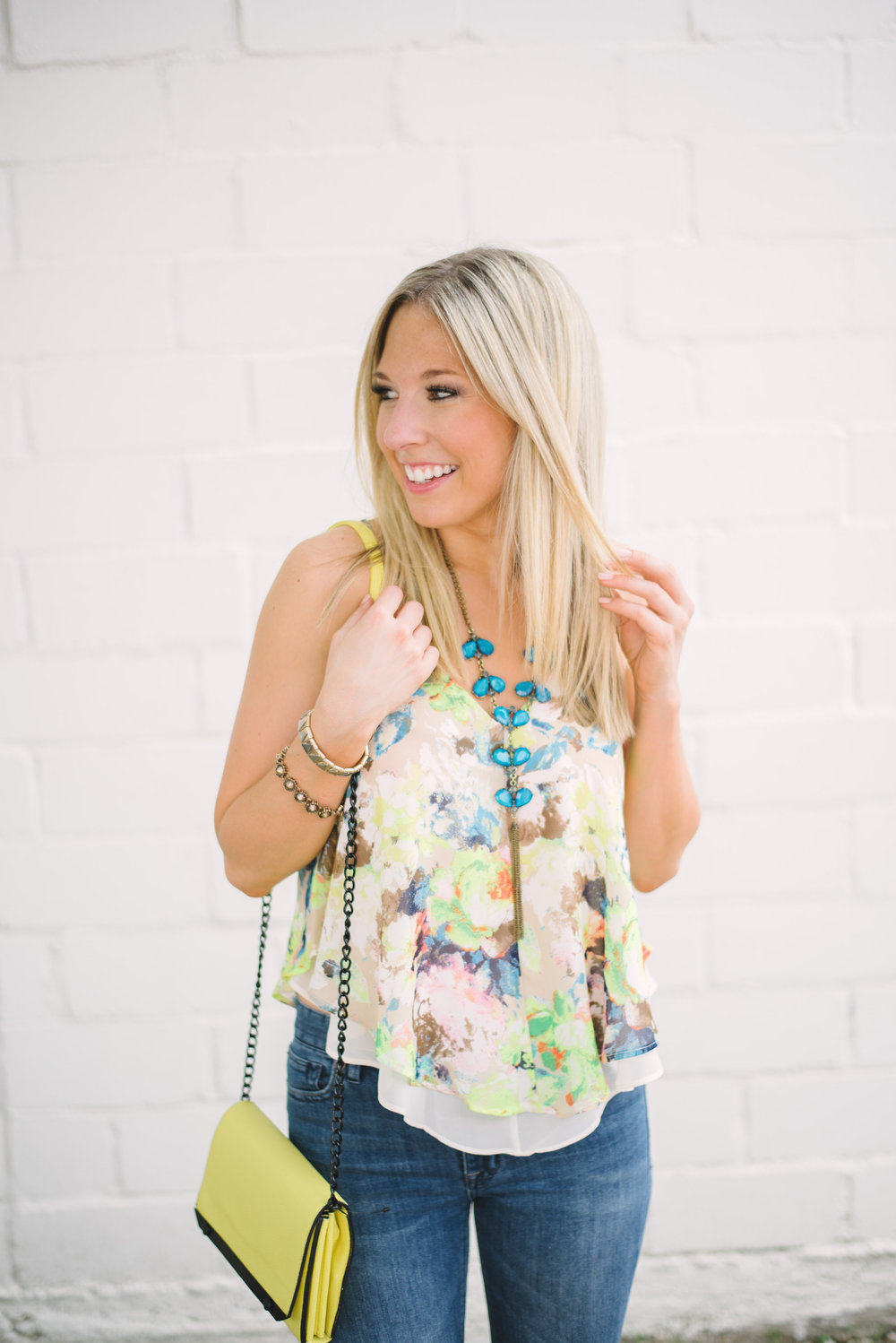 flare-jeans-&-floral-top-2
