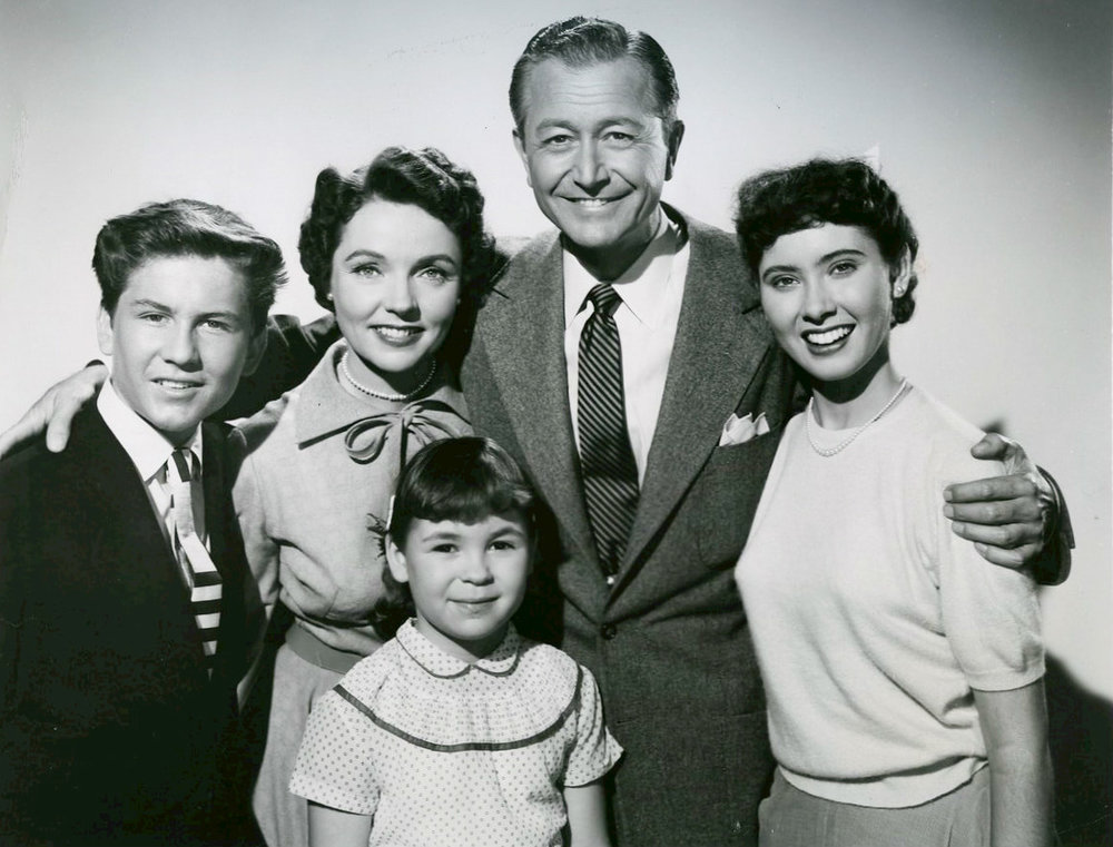 Father_Knows_Best_cast_1954.jpg