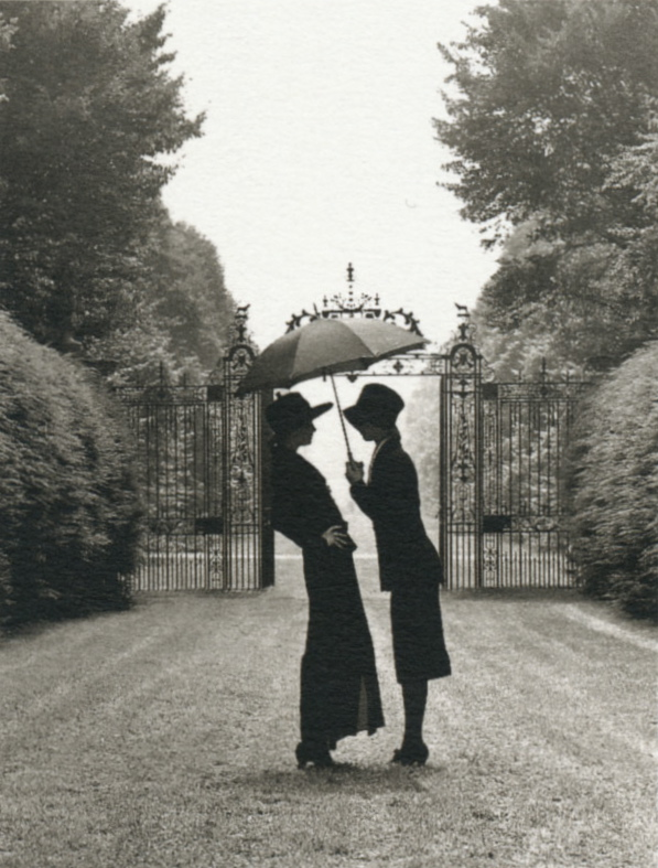 liquidnight :      Rodney Smith    Westbury Gardens, Long Island, New York, 1992   From  The Hat Book
