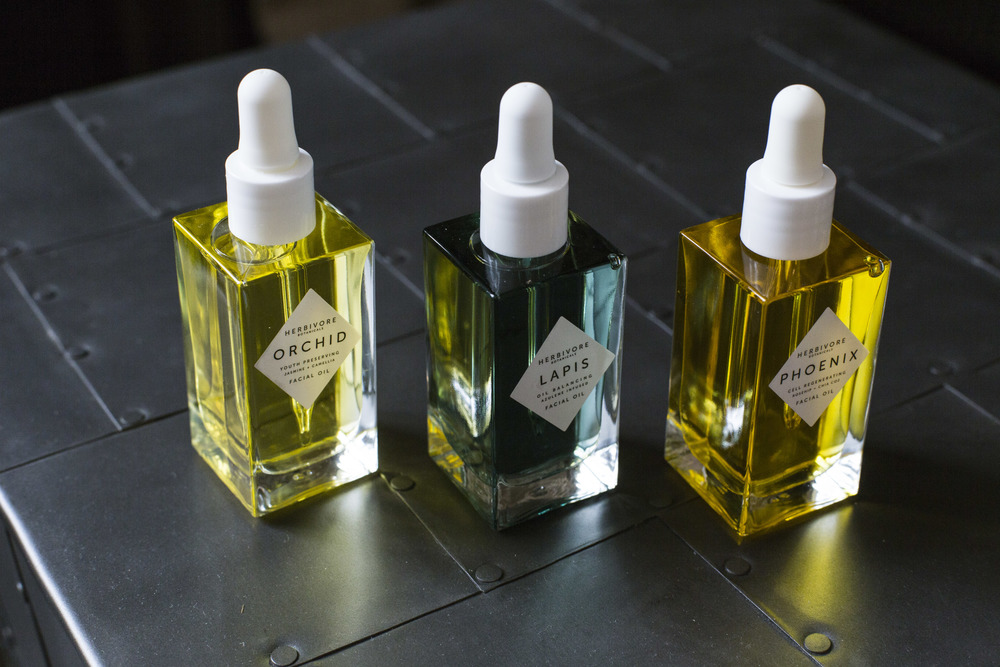 Restore vitality to skin with luxurious facial oils, formulated with beneficial vitamins and essential oils.