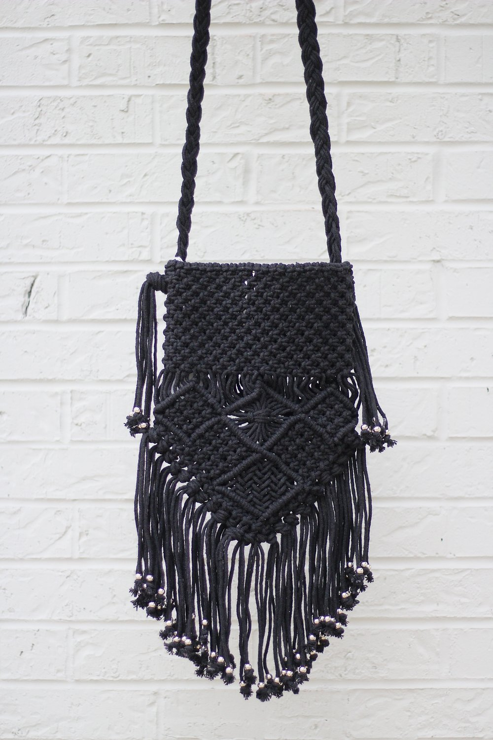 crochet fringe bag  - by POL