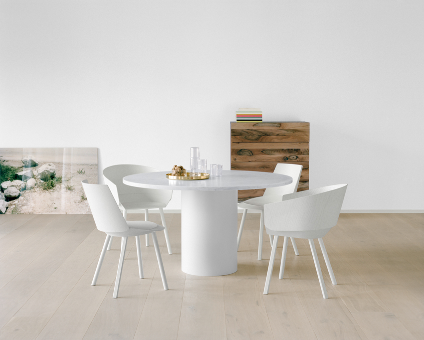 E15 Hiroki Table