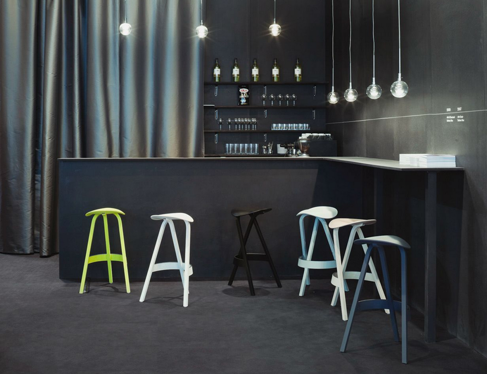 Range 404 Bar Stool