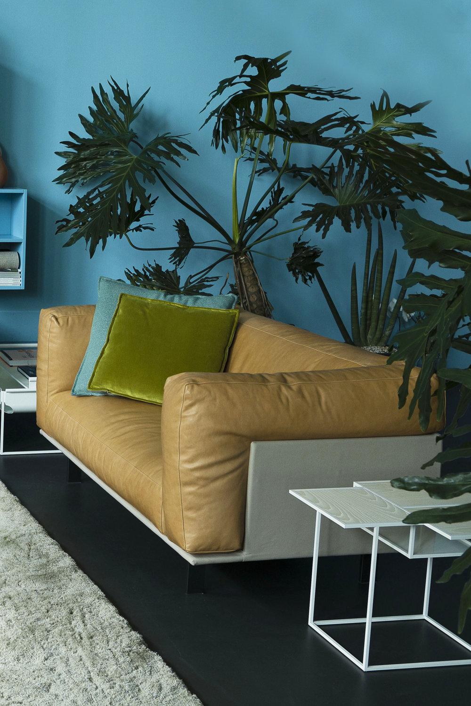 RECESS Sofa