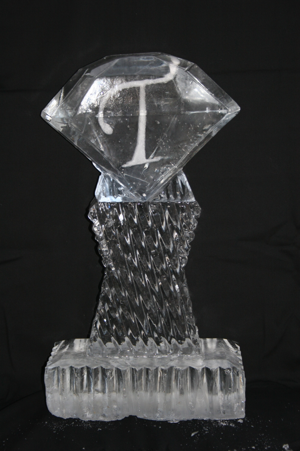 Ice Sculpture- Tabletop- Letter T.JPG