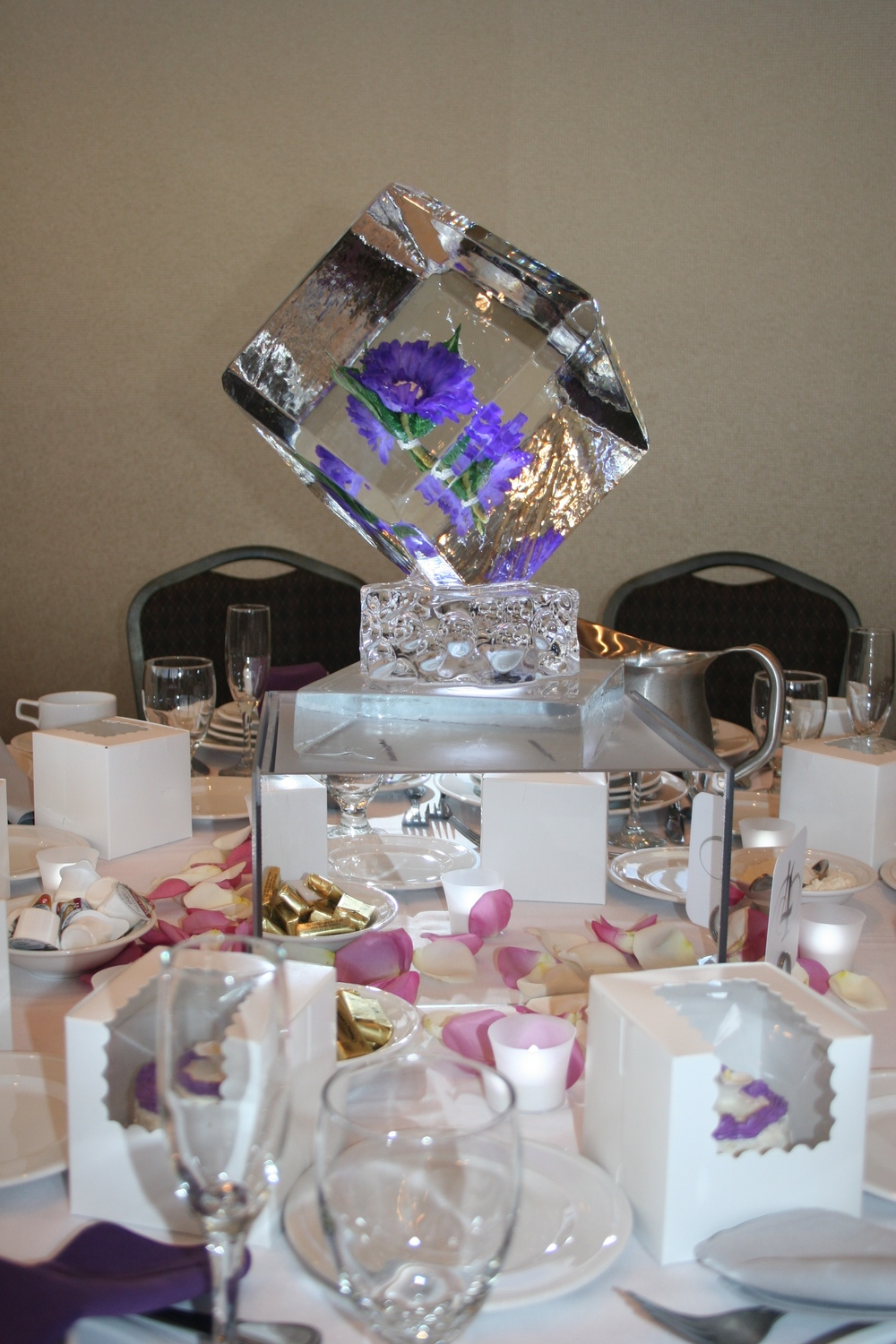 Ice Sculpture-Tabletop-Purple Flower.jpg