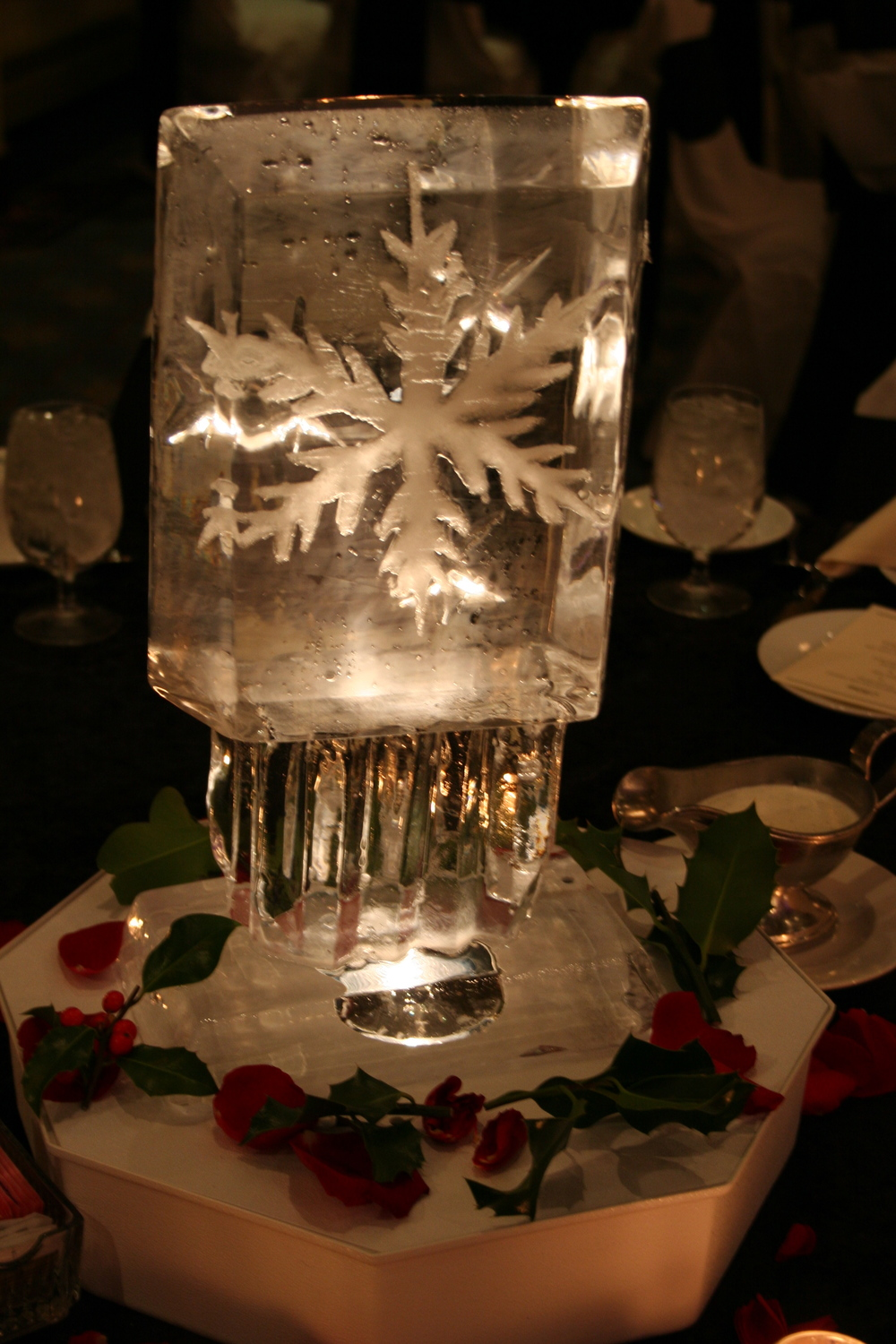 Tabletop-Ice Sculpture-Snowflakes 5.JPG