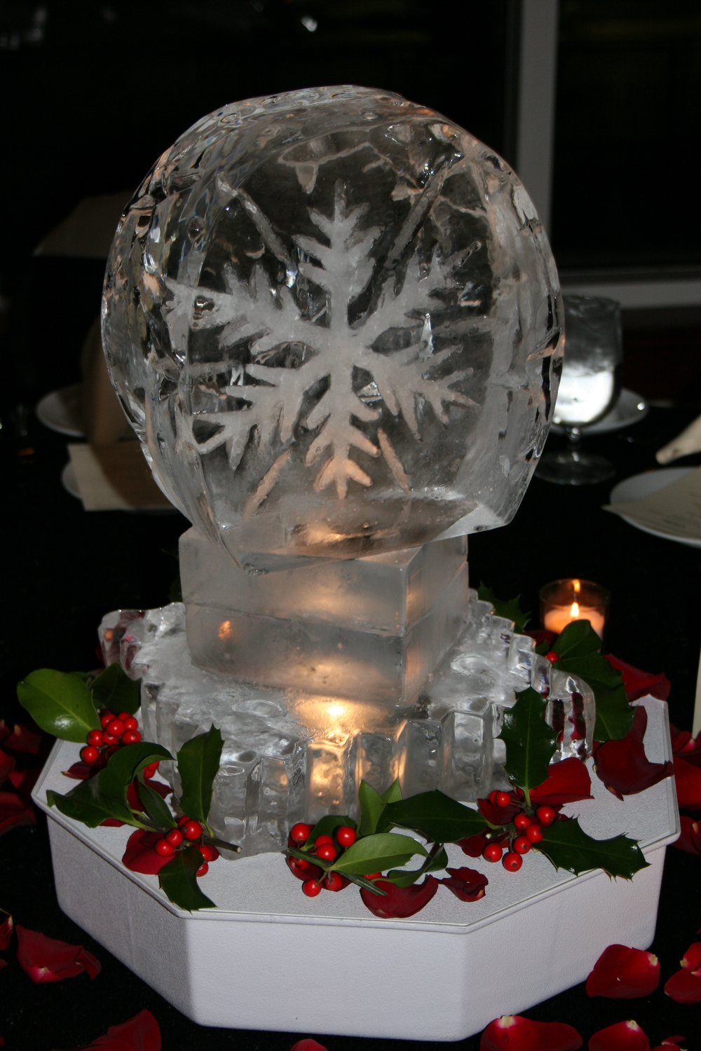 Tabletop Ice Sculptures Snowflakes 3.JPG