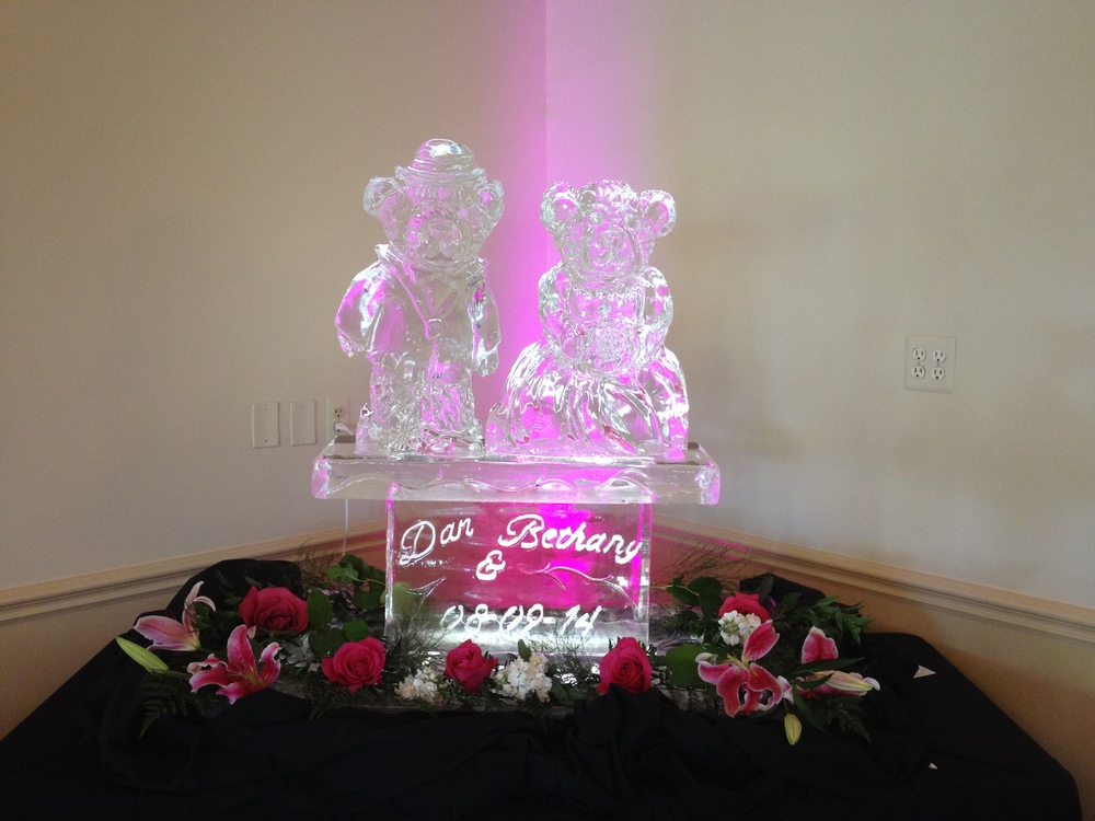 Bears_Wedding_ Ice_Sculpture.JPG