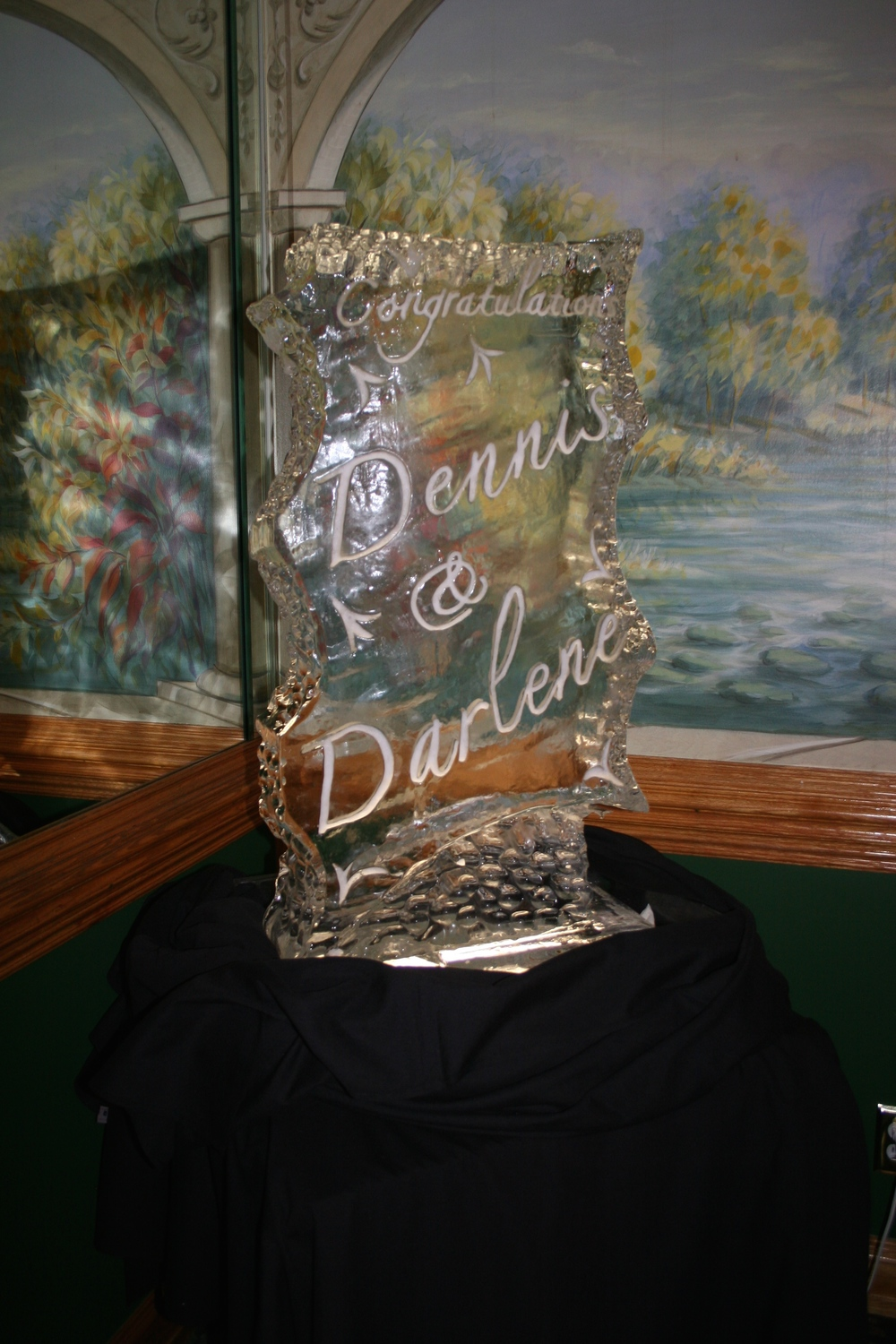 Ice_Sculpture_Wedding_Names_20.jpg