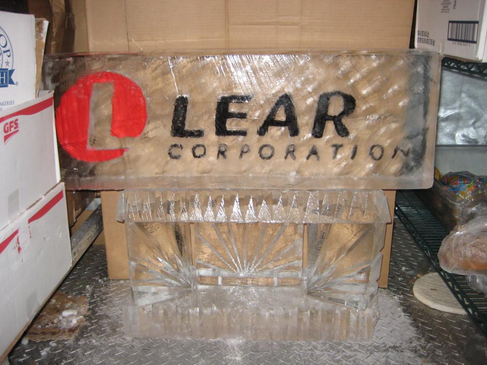 Ice_Sculpture_Lear_Logo.JPG