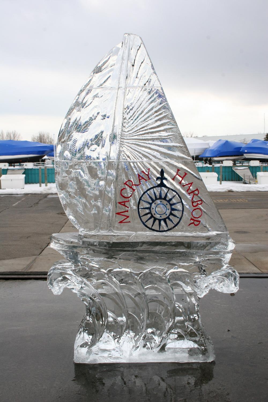 Ice_Sculpture_MacRay_Harbor_Sailboat.JPG