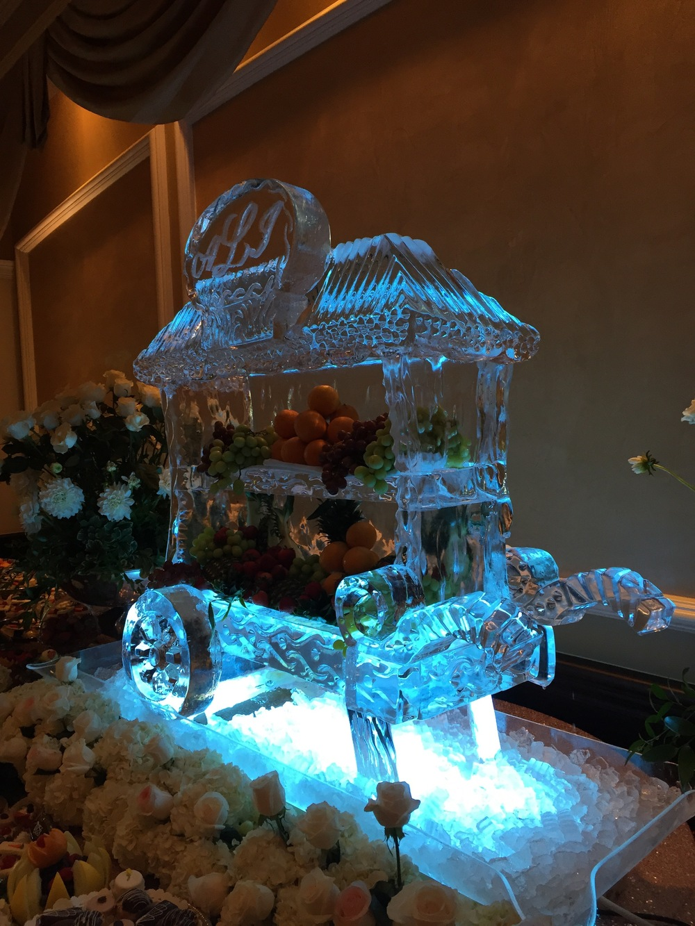 Fruit Cart_Ice Sculpture.jpg