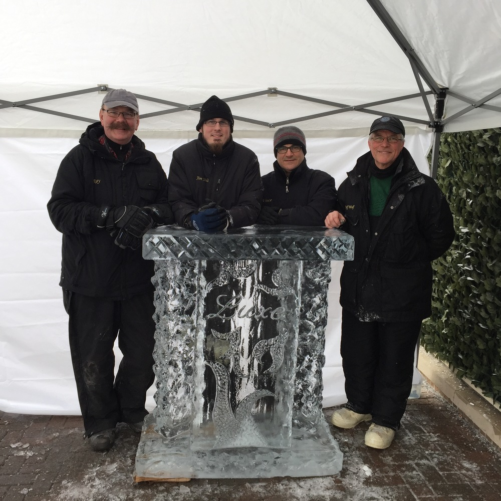 Ice Bar_Ice Sculpture.jpg