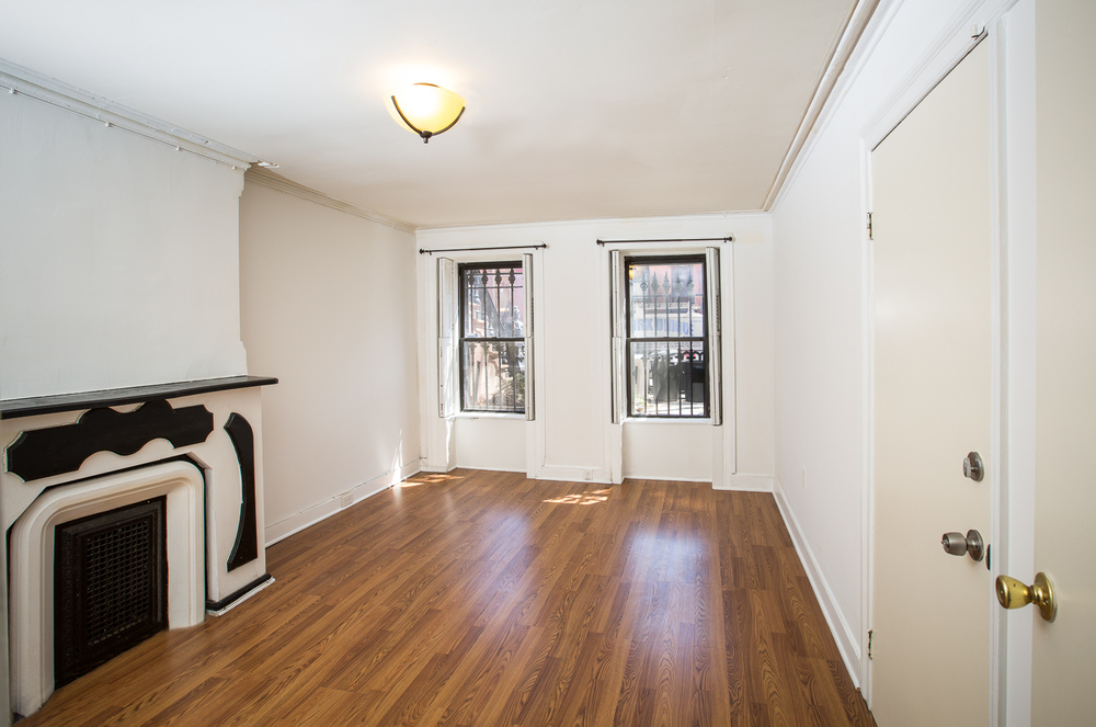 20160413 - Apartment Listing - Pablo Cuevas - 359 Decatur St Basement 0009-Edit.jpg