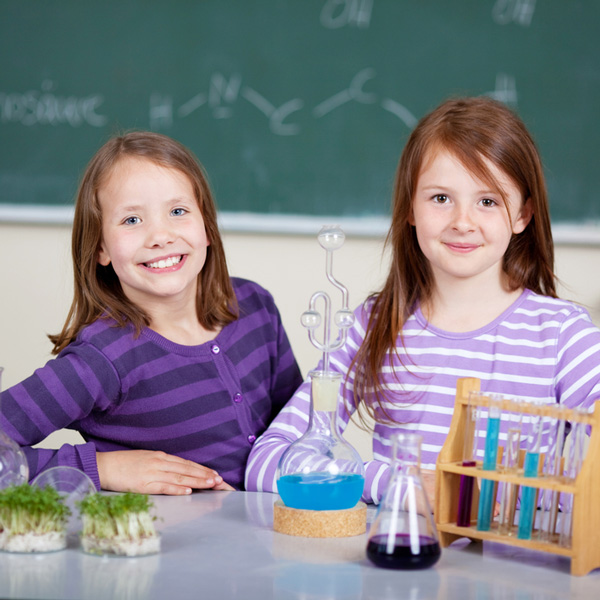 girls-in-chemistry-lab.jpg