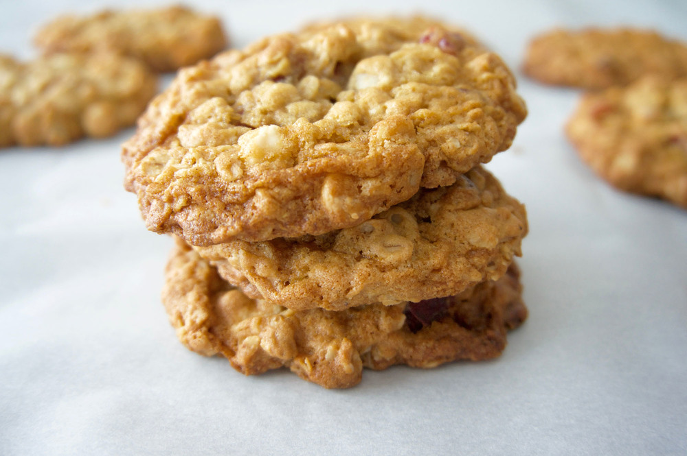 Oatmeal Craisin White Chocolate Cookies || Haute in Paradise || @hauteinparadise