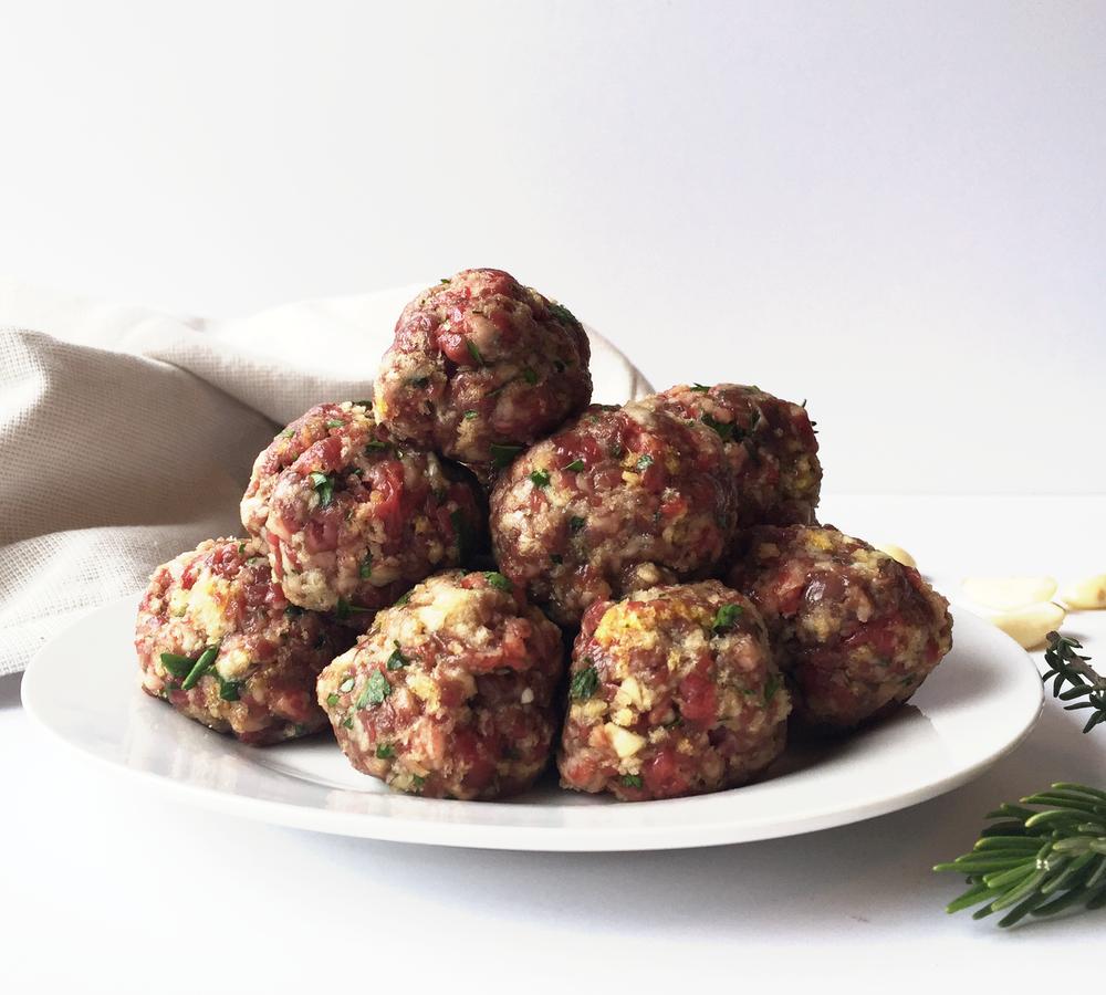Meatballs    Kitchenaid Food Processor    Haute in Paradise    @hauteinparadise