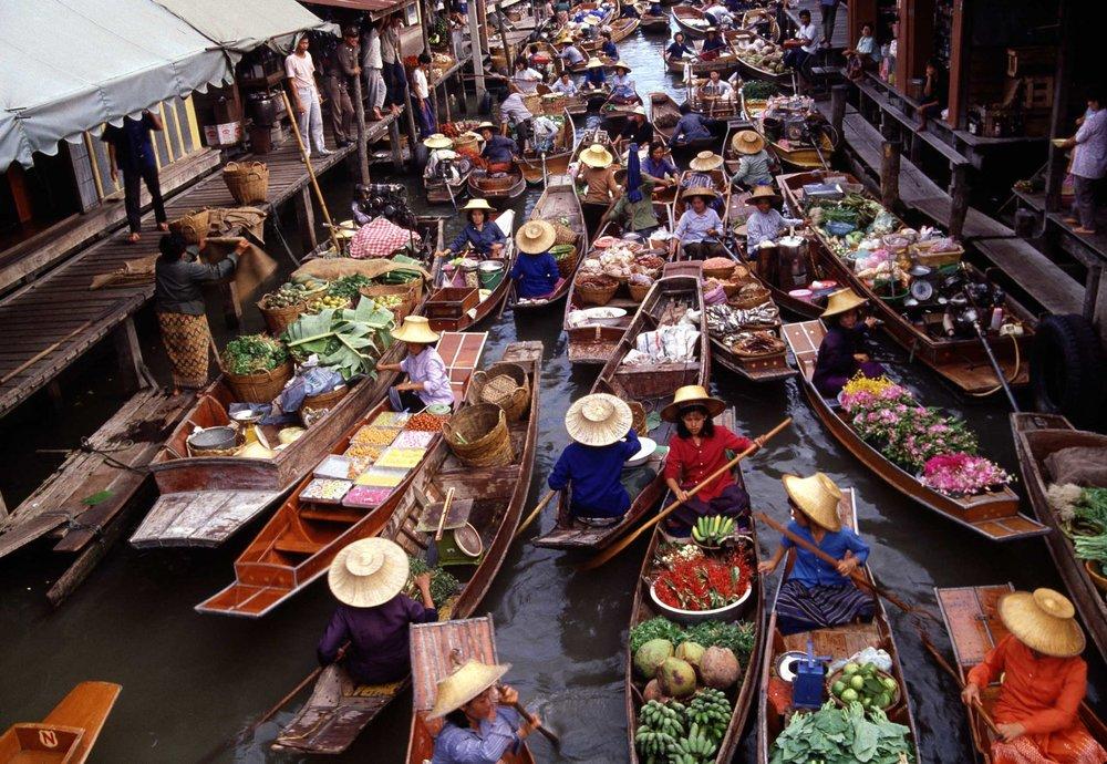damnoen-saduak-floating-market-ratchaburi.jpg