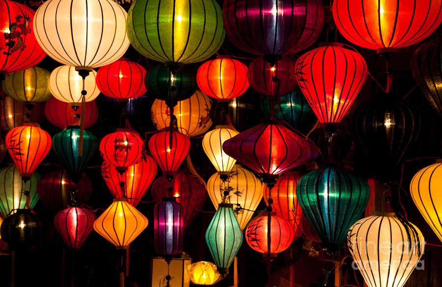silk-lanterns-in-vietnam-fototrav-print.jpg