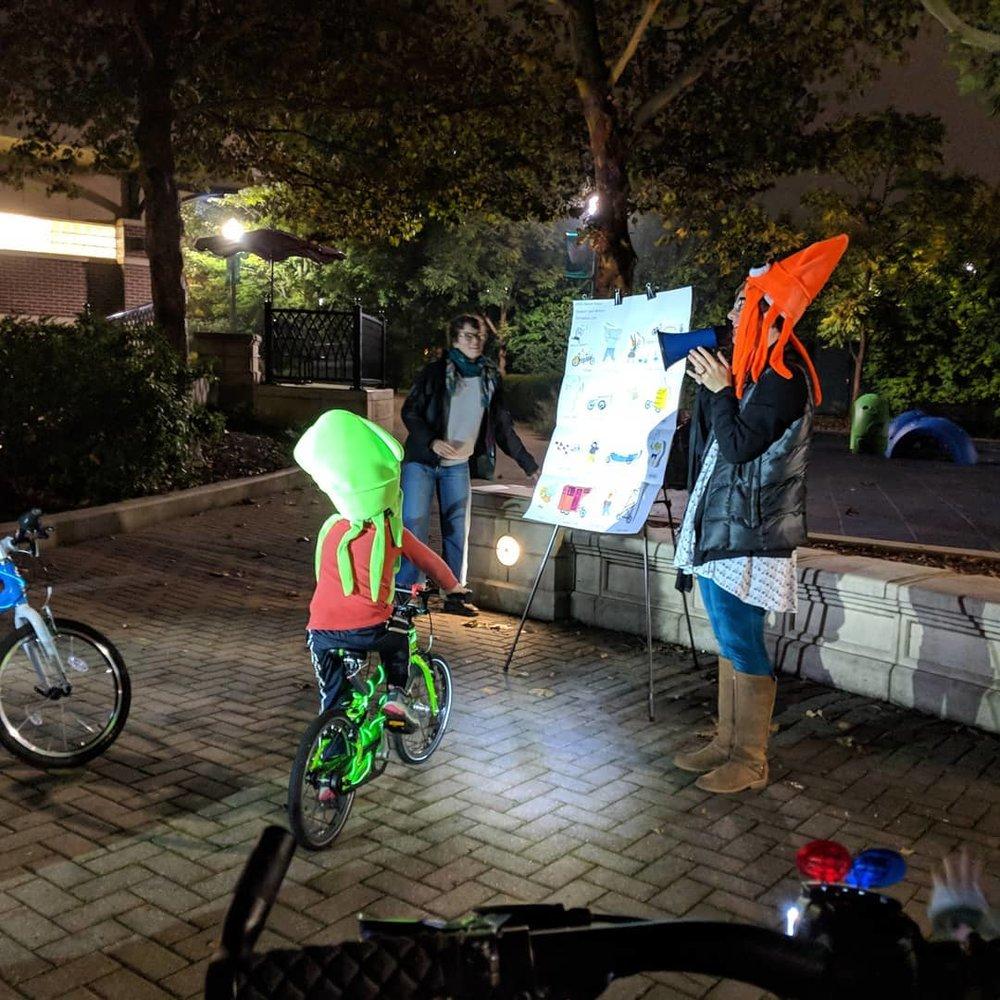 Katie Thomson of Elgin Bike Hub kicking off the parade