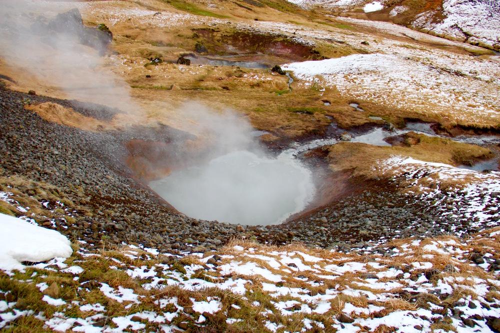 Reykjadalur-hike-geothermal