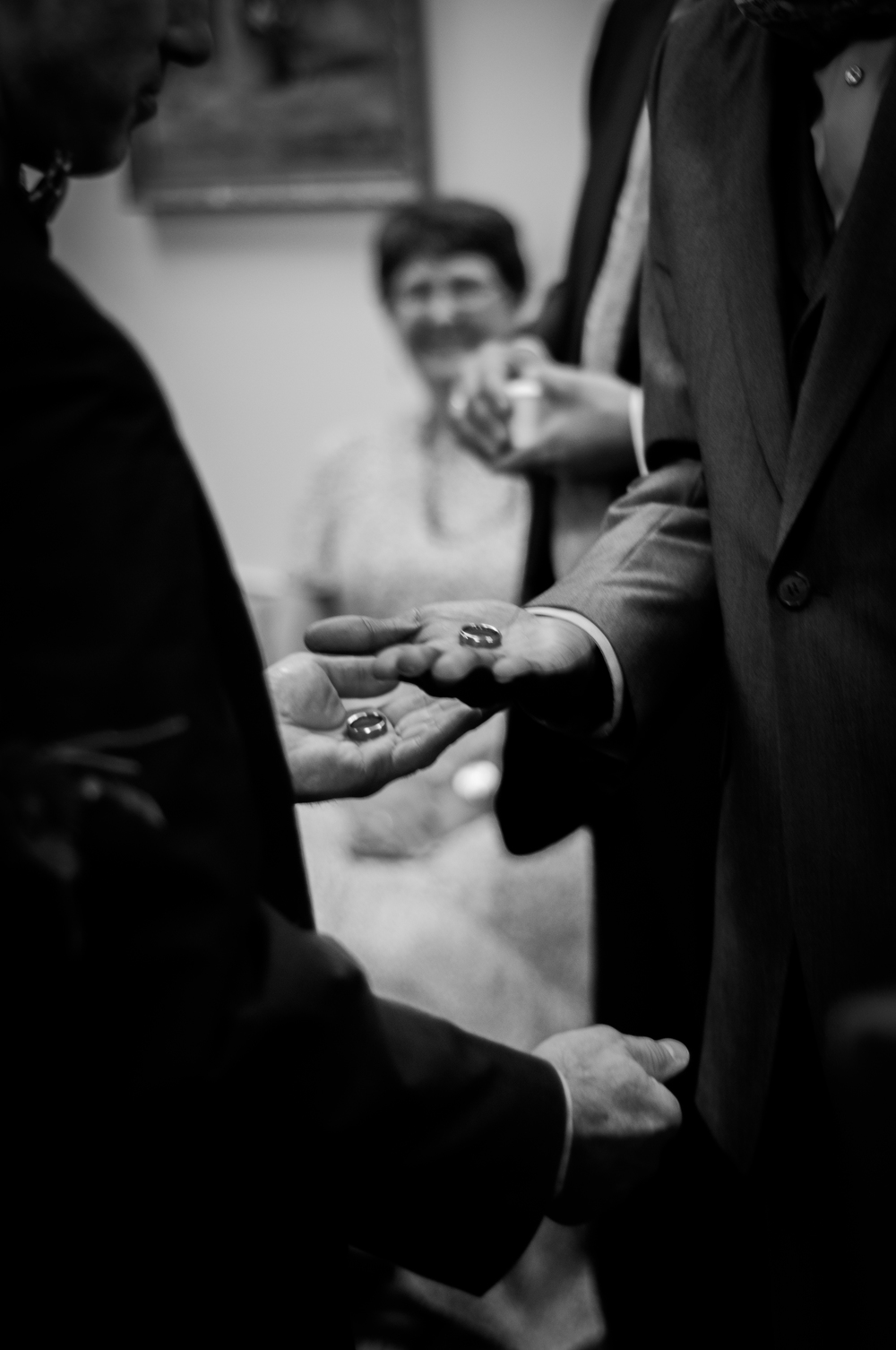 weddingeditedinB&W-108.jpg