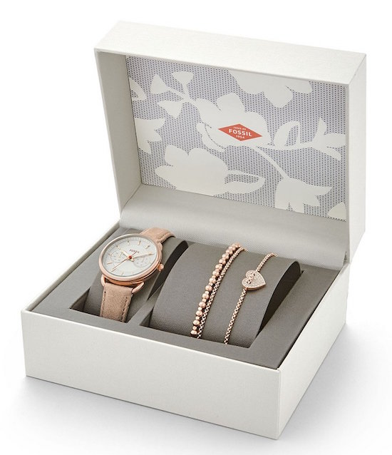 The   Fossil Tailor Multifunction Stainless Steel Sand Leather Strap Watch Box  is 25% off right now at Dillard's. This is the perfect gift if your mom loves jewelry. Fossil makes some of the best watches and accessories out there so this is a great option if you want to spoil your mom without breaking the bank.