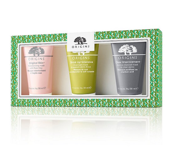 Pamper mom with this set of organic  face masks by Origins . These masks are specially designed to leave her face looking clear and refreshed. The best part about this gift set is that it's only $22! So it's a great option if you're on a budget.