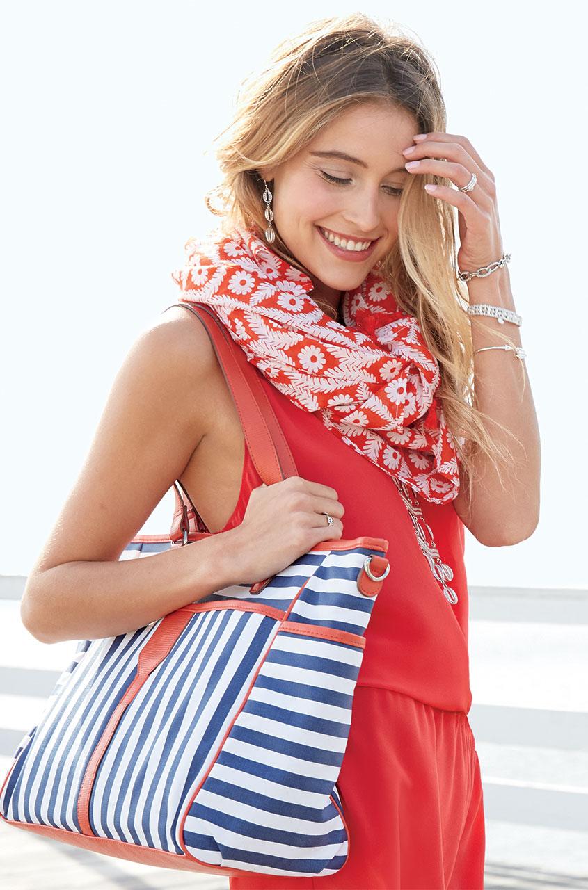 hb135nvs_keep_it_in_the_bag_navy_stripe_model.jpg