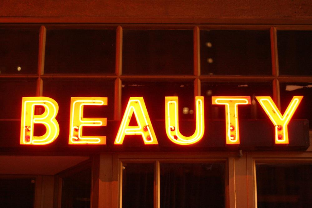 Beauty Bar, Old Vegas