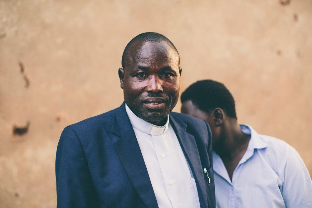 PastorViateur-Rwanda-WEB-198.jpg
